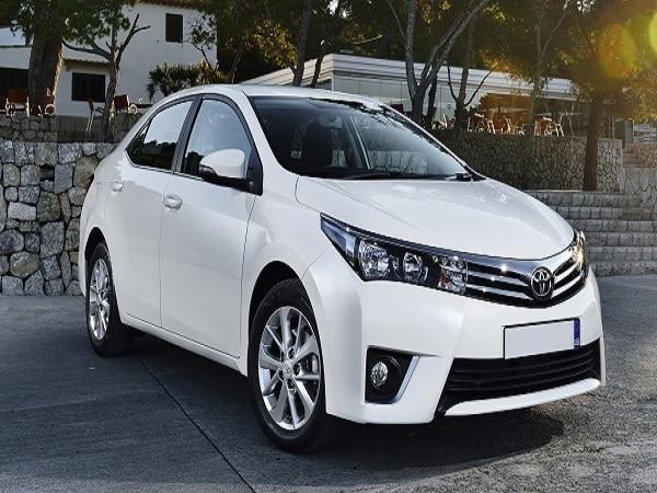 Toyota-Corolla-2016-17